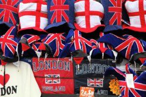 Odzież patriotyczna dla każdego?