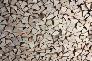 Materiały opałowe – czym się kierować w wyborze?