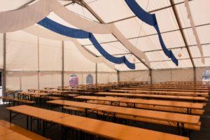 Na jakie okazje warto nabyć namioty reklamowe?