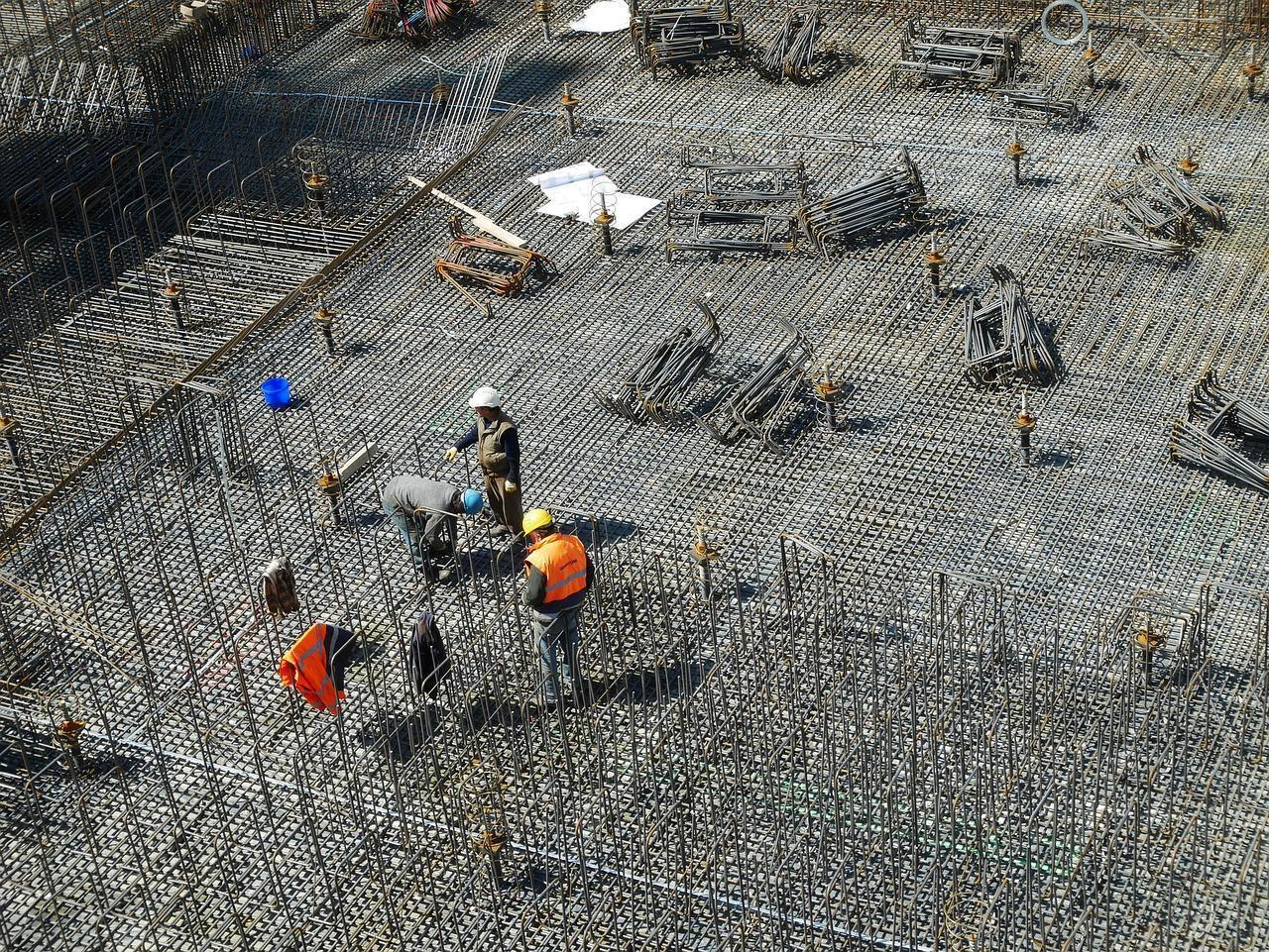 Jak tworzy się fundamenty domu?
