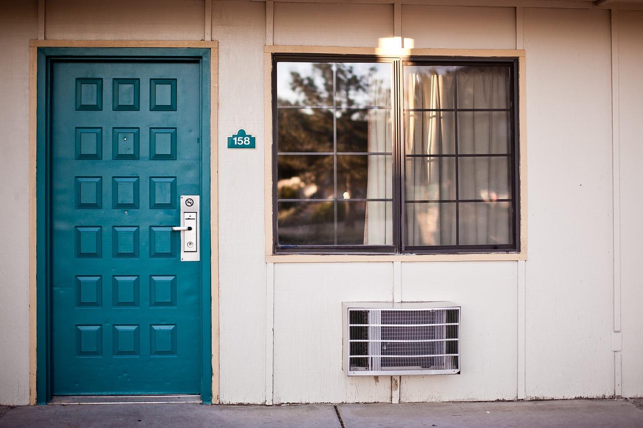 Jak uniknąć zawilgocenia mieszkania?