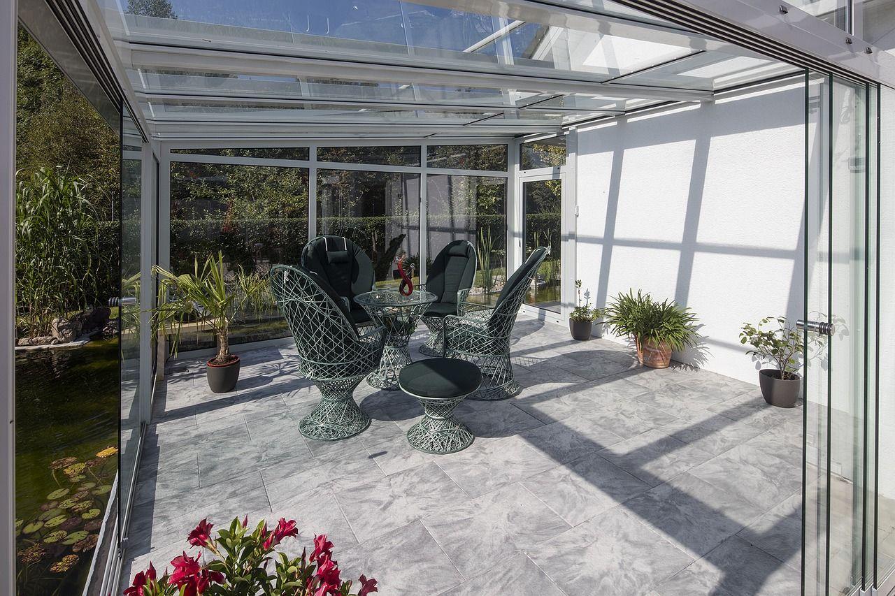 Dekoracje do ogrodu – które wybrać?