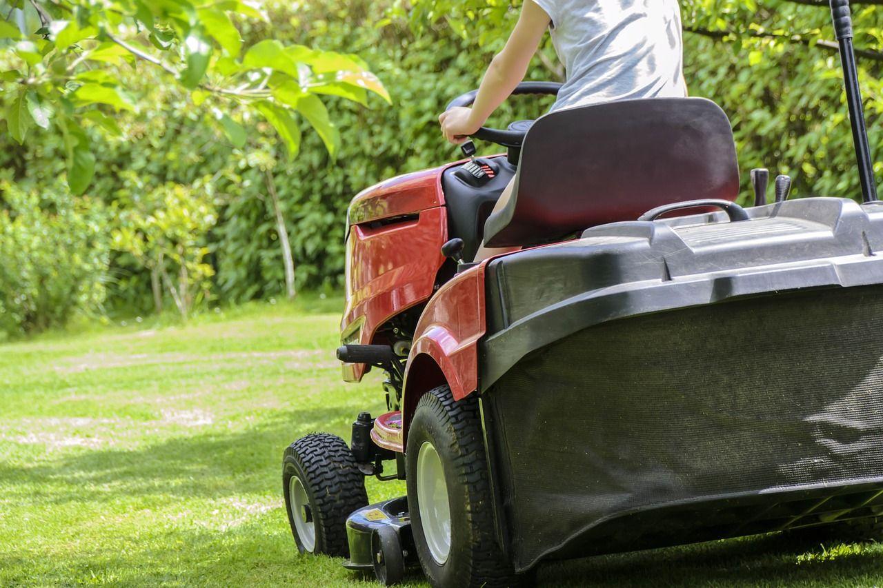 Co usprawni pracę w ogrodzie?