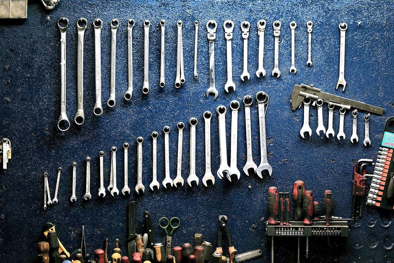 Narzędzia, które warto wozić ze sobą