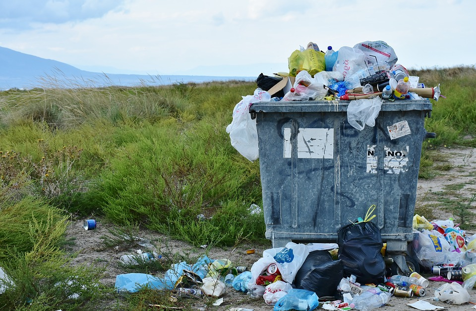 Jak odpowiednio zadbać o zagospodarowanie odpadów pochodzących z Twojej firmy?