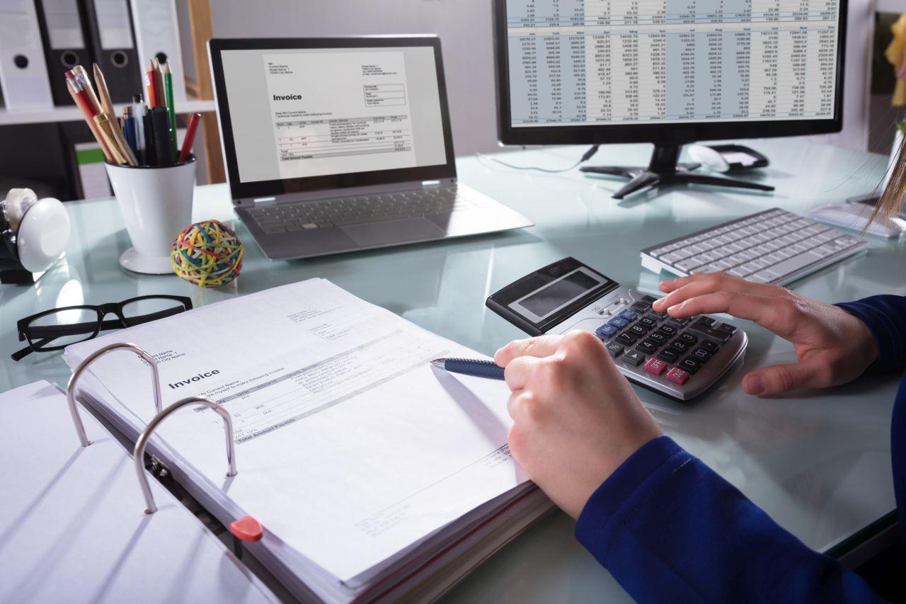 Czym są księgi rachunkowe i kto ma obowiązek ich prowadzenia?