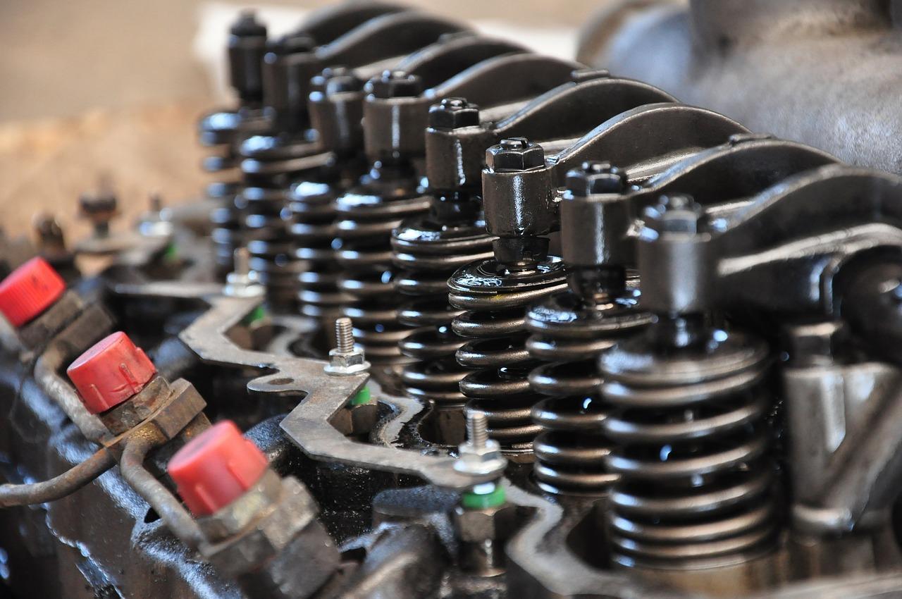 Urządzenia elektryczne wspomagające pracę maszyn w przemyśle i budownictwie