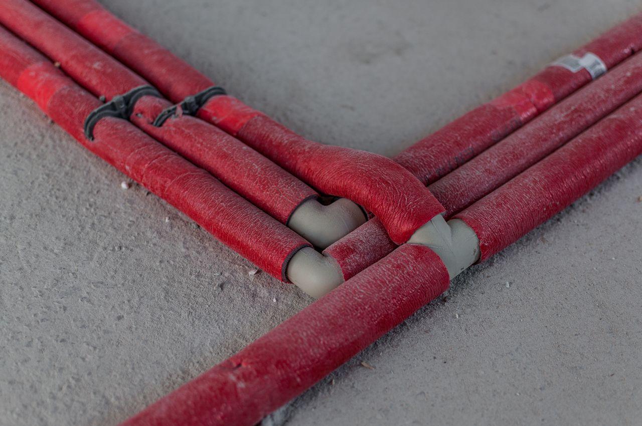 Jakie materiały wykorzystuje się do izolacji termicznej rur?