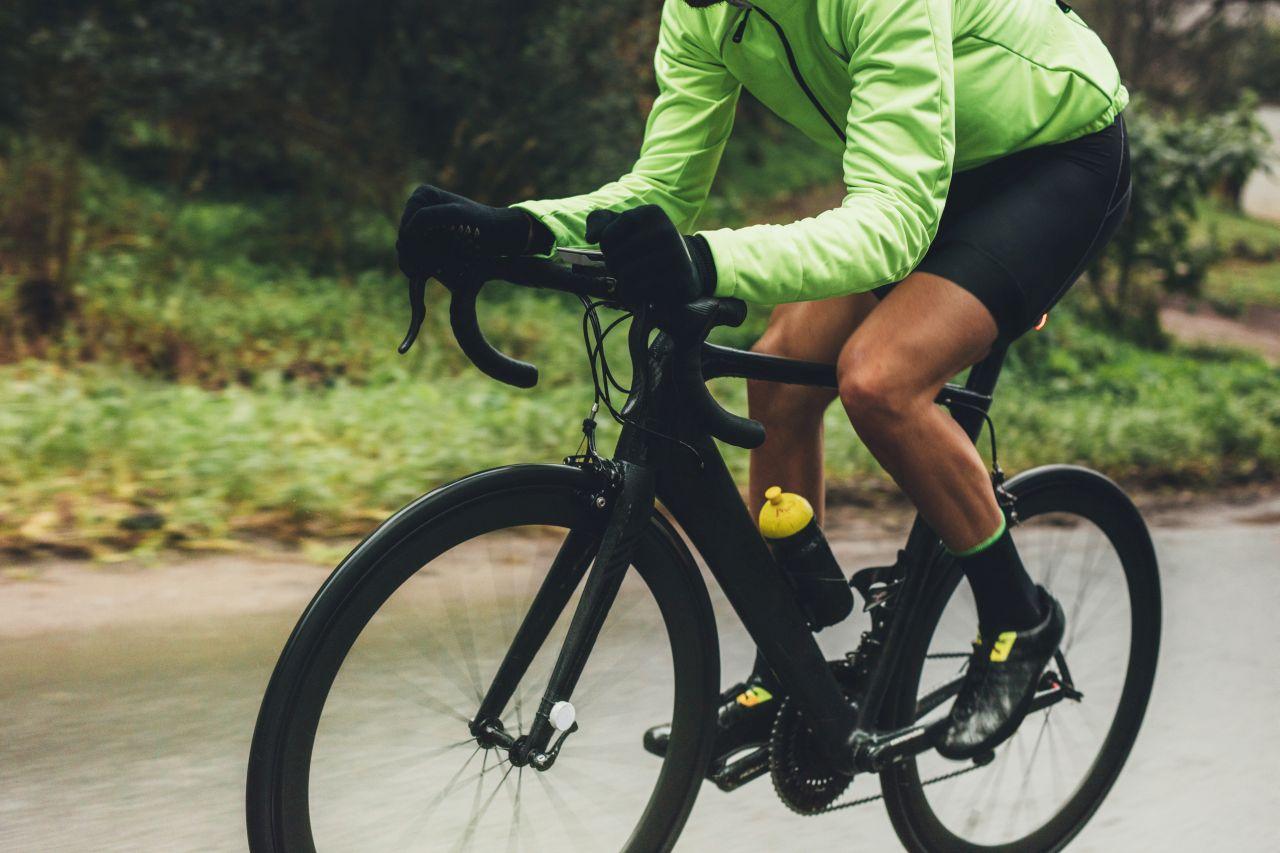 Dłuższa wycieczka rowerowa – jak się do niej odpowiednio przygotować?