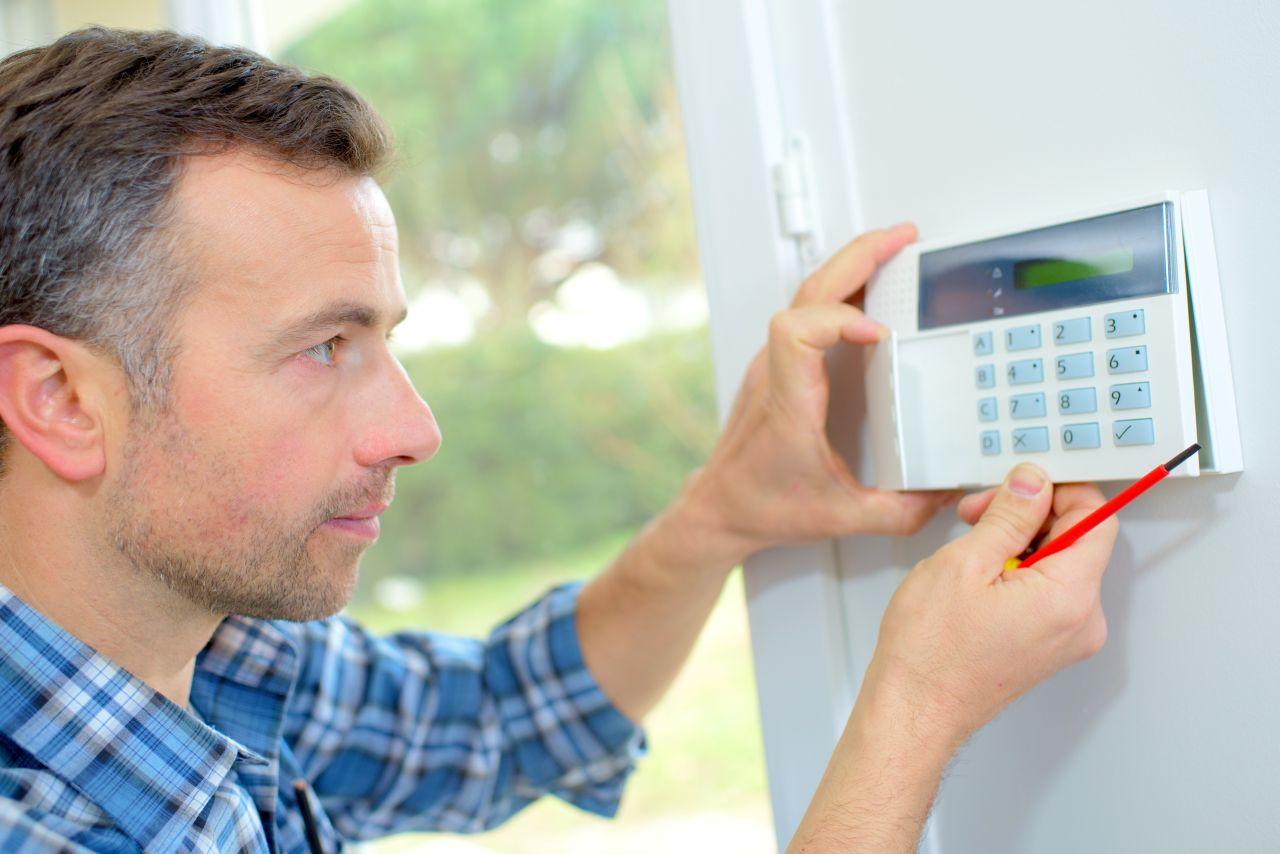 Jak dbać o bezpieczeństwo w swoim domu?
