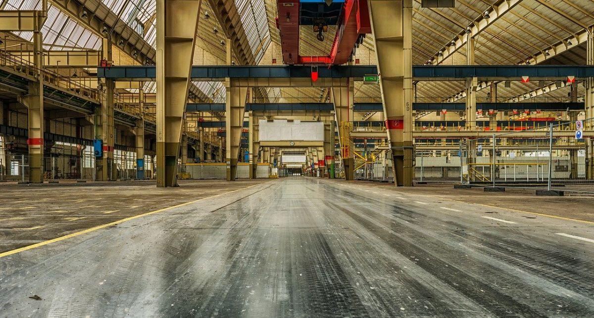 Jak zadbać o pracowników w zakładach przemysłowych?